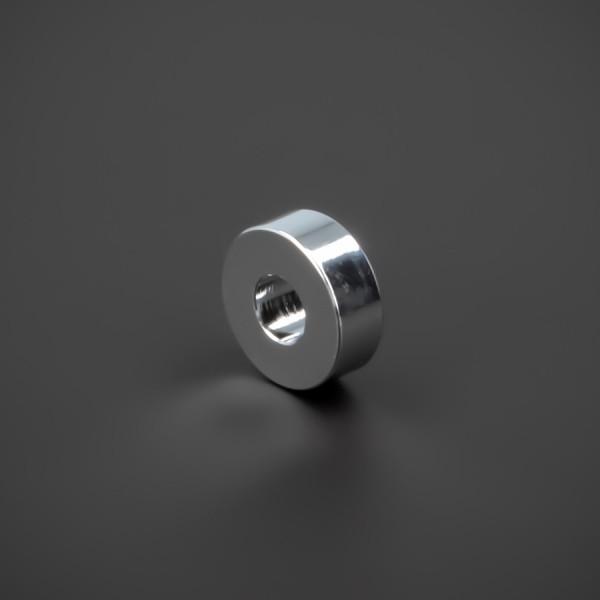 Distanzhülse M5 Messing verchromt glänzend Ø15x5mm L-Ø:5,2mm | Chrom