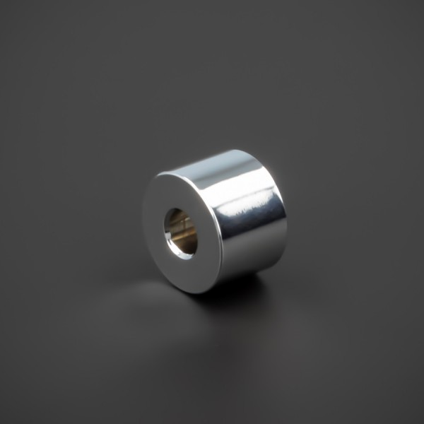 Distanzhalter M5 Messing verchromt glänzend Ø15x10mm L-Ø:5,2mm Chrom